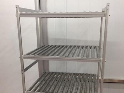 Carro para refrigeração de carne com grelhas em aço inox